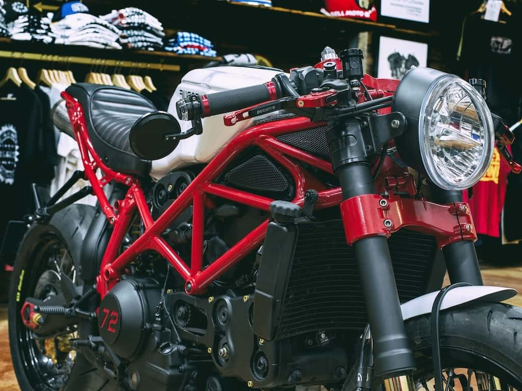 "Ducati 999 ""Neoracer"" by Lord Drake Kustoms"